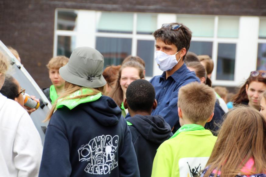 Benjamin Dalle bracht een bezoek op Pluskamp in Lummen © IJD Vlaams-Brabant & Mechelen
