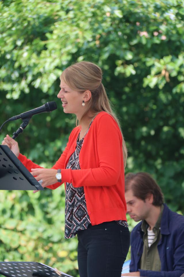 Katrien Coppens zorgde voor de muzikale omlijsting