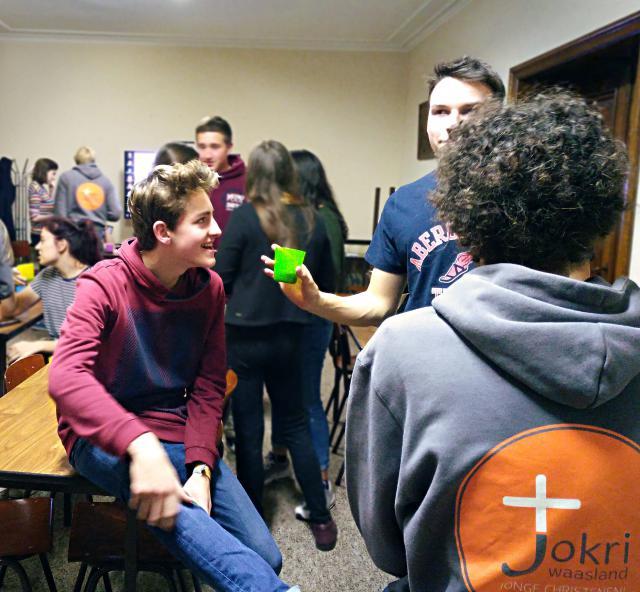 Na de quiz was er nog tijd om gezellig na te praten. © BVR