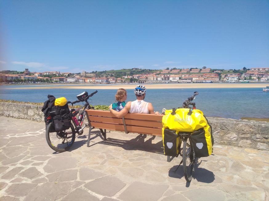 Anouk en Jasper onderweg naar Compostela © Anouk De Clercq
