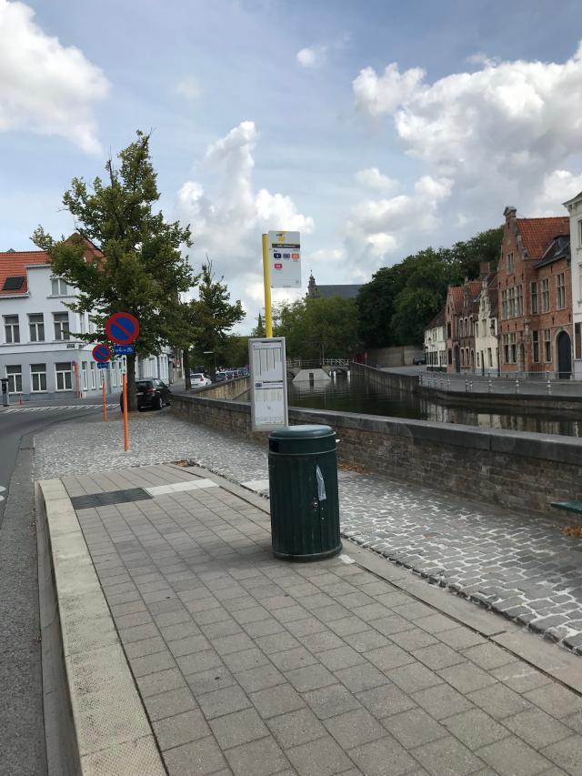 bushalte grootseminarie Brugge © Jan Demuynck