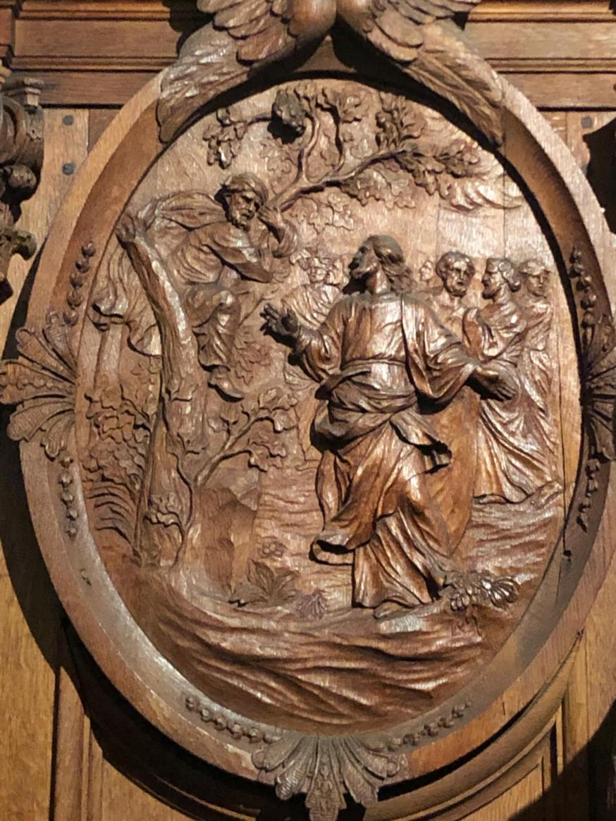 Jezus ziet Zacheus zitten in een boom en roept hem. © Kerkfabriek van Sint-Carolus Borromeus te Antwerpen
