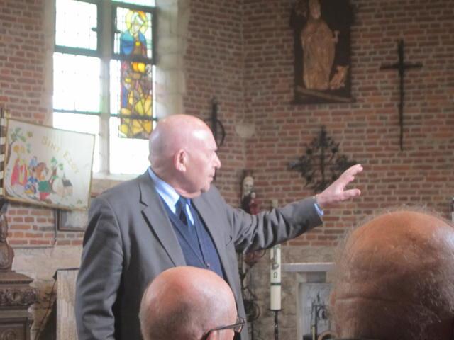 wie kan er beter uitleg geven over deze kapel dan Magister Frans Stoffelen