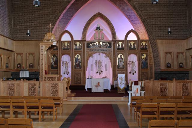 De kerk is klaar voor de vormselviering © JvR