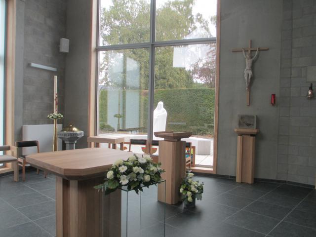 Binnenzicht nieuwe kerk van Lutselus © Jan Deckers