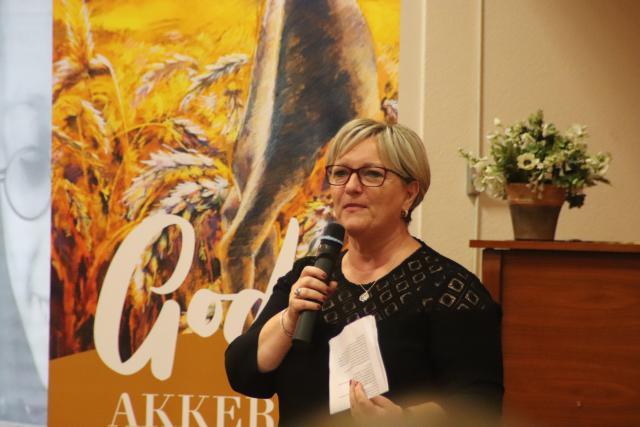 """Karin Mensch: """"Waar mijn hart vol van is, daarvan loopt mijn mond over."""" © Jente Vandewijer"""