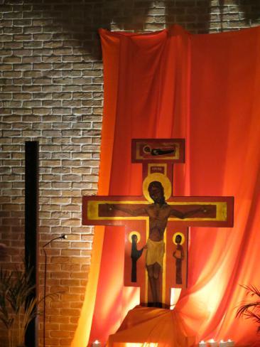 gebedsmoment rond Jezus en Zacheus © Kerk Stekene en Sint-Gillis-Waas