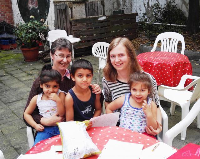 op woensdagnamiddag helpen bij de opvang van de kinderen in de Tinten © zrs bernardinnen