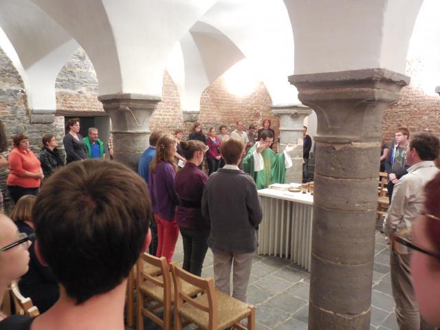 De vernieuwde visie op Kerk en liturgie heeft dan ook geleid tot een herinrichting van vele van onze liturgische ruimten. © Koen Van den Bossche
