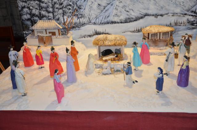 Zuid-Koreaanse Kerststal © Hellen Mardaga