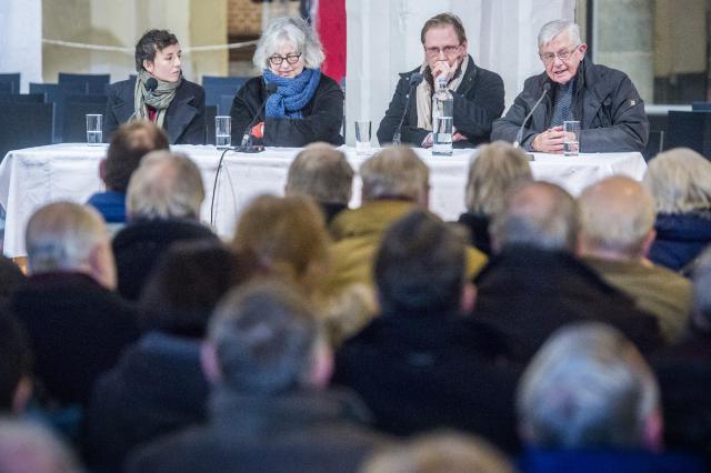 Panel: Marjan Doom, Sylvia Van Peteghem, Patrick De Baets en Raoul Bauer © Bisdom Gent, foto: Frank Bahnmüller