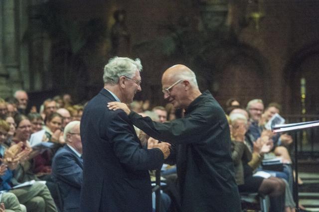 Bisschop en dirigent © Bisdom Gent, foto: Frank Bahnmuller