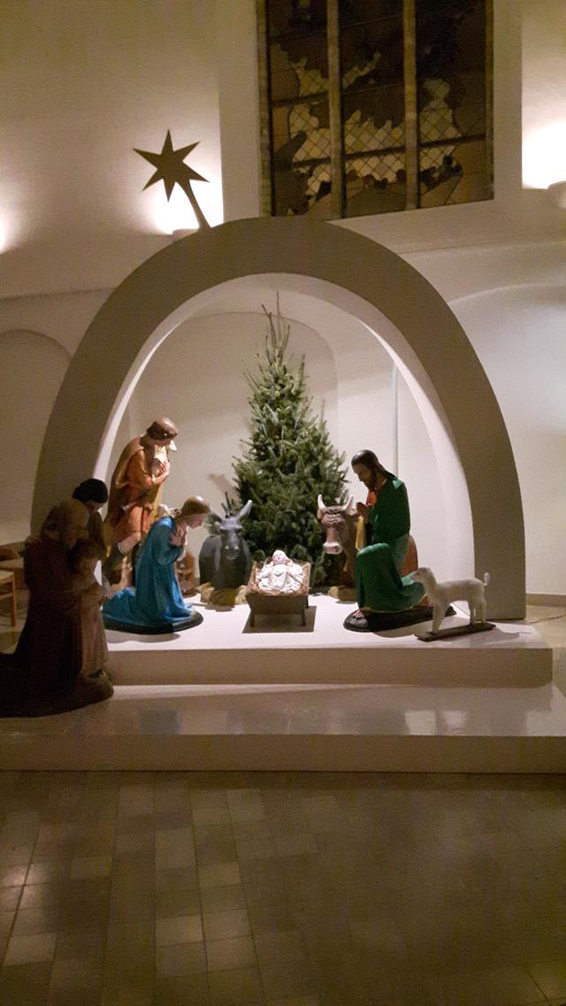 Kerststal kerk Woumen
