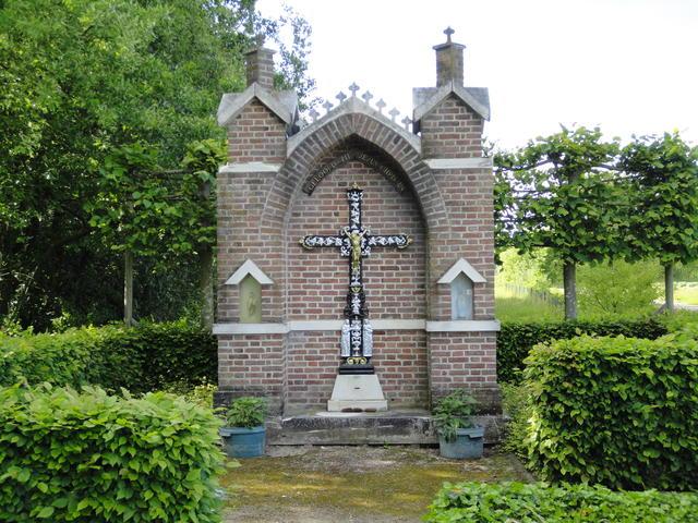 Kruis met Maria en Jozef - Geerenstraat, Molenbeersel