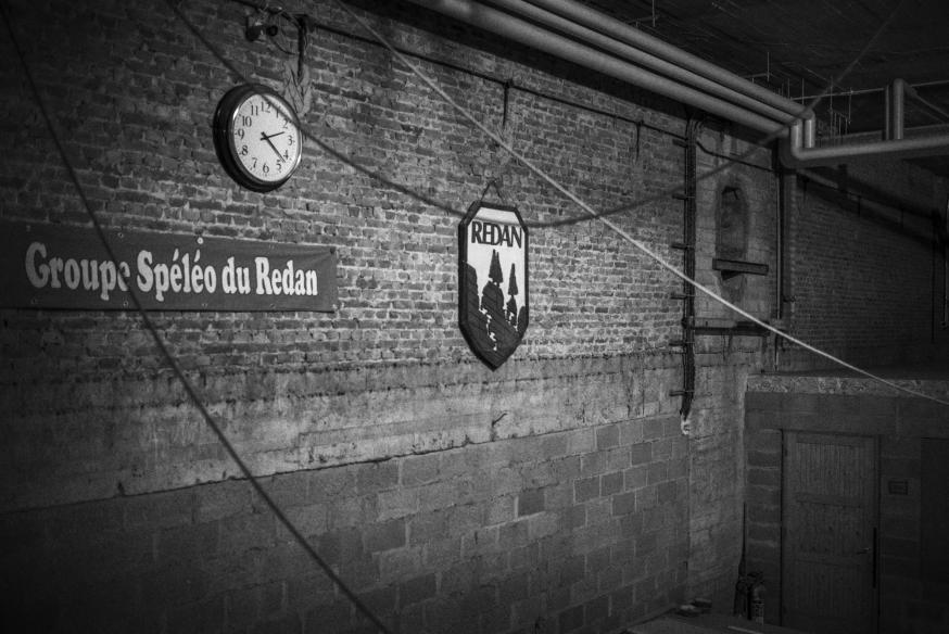 De erkende vereniging voor speleologie G.S. Redan traint al sinds 1981 in een kelderruimte van de basiliek. © Leo De Bock