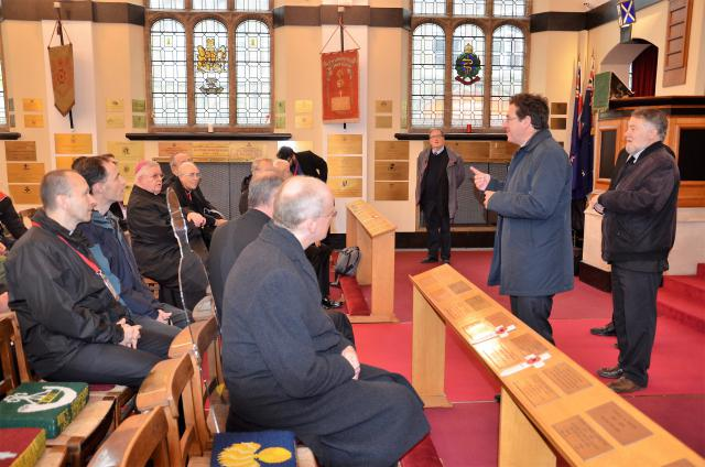 In de Saint-George's Memorial Church vond een oecumenische gebedsdienst plaats © Hellen Mardaga