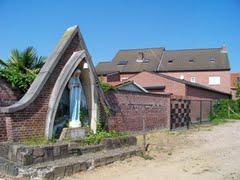 Mariakapel vroegere speelplaats meisjesschool, Molenbeersel
