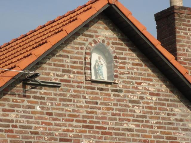 Mariabeeldje in nis - Fosheistraat, Molenbeersel