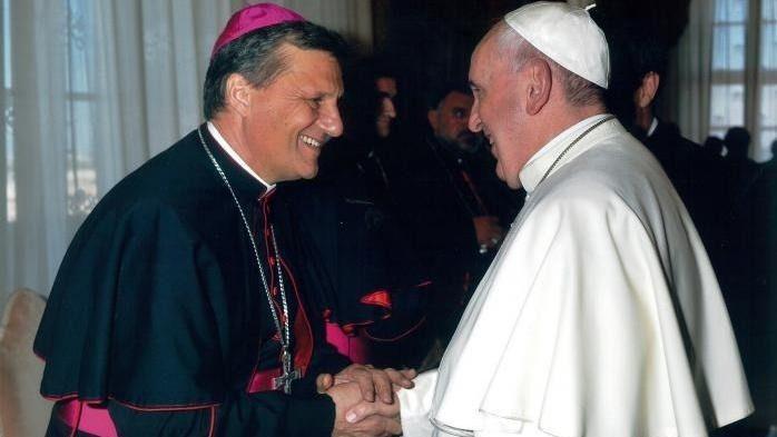 Bisschop Mario Grech en paus Franciscus © VaticanMedia
