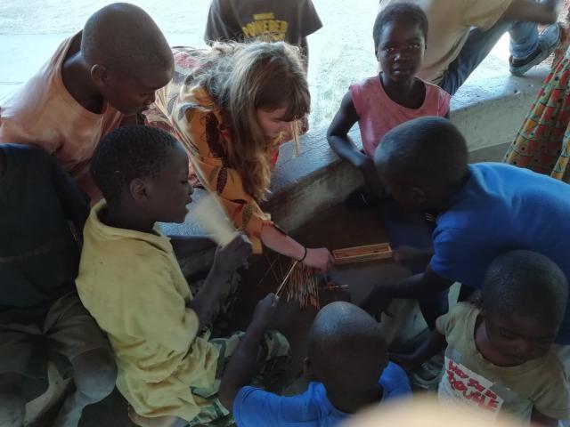 Inleefproject Zambia: Mikado. © Team Zambia