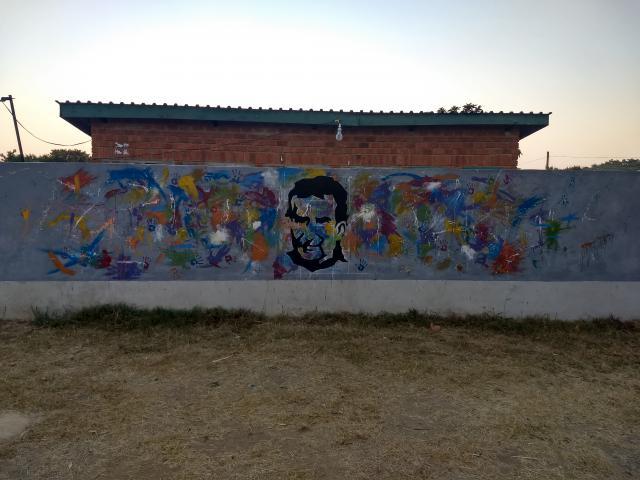 Inleefproject Zambia: de muur na de schilderwerken. © Team Zambia