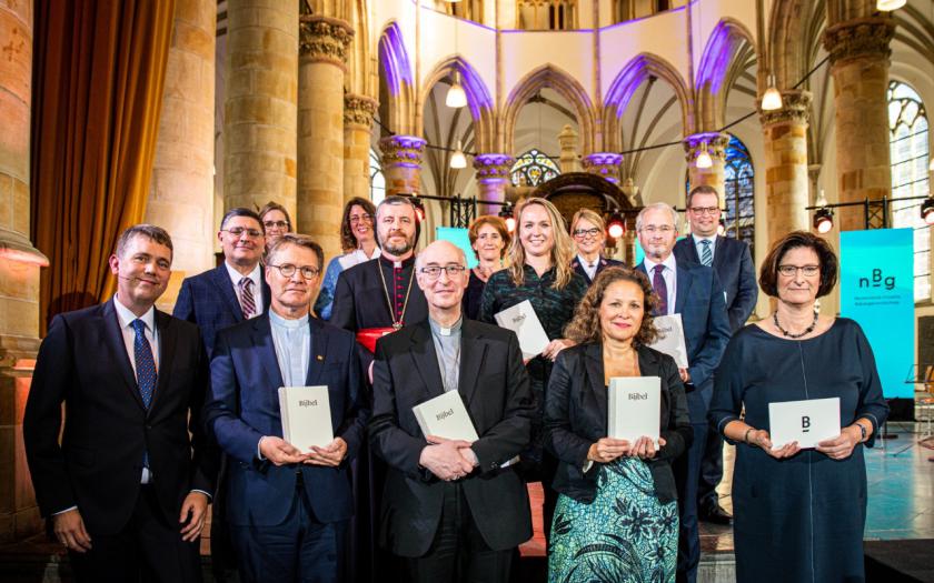 Vertegenwoordigers kerkgenootschappen en geloofsgemeenschappen ontvangen een exemplaar © NBV