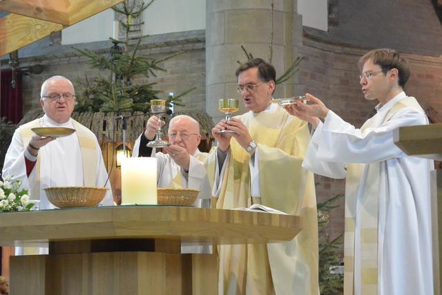 Gezamelijke nieuwjaarsviering kerk Diksmuide op 1 januari