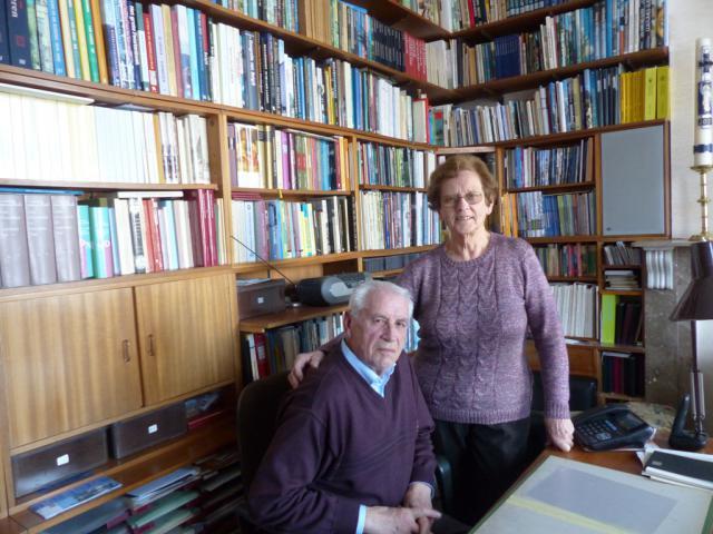 ver Norbert en Mimi in hun eigen 'bibliotheek'.