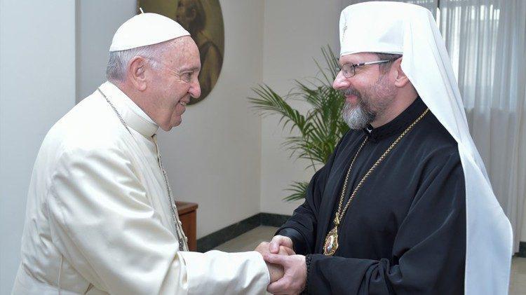 Paus Franciscus en Svjatoslav Sjevtsjoek van Kiev-Galicië, grootaartsbisschop van de Oekraïense Grieks-katholieke Kerk, op een archieffoto uit 2018 © VaticanMedia
