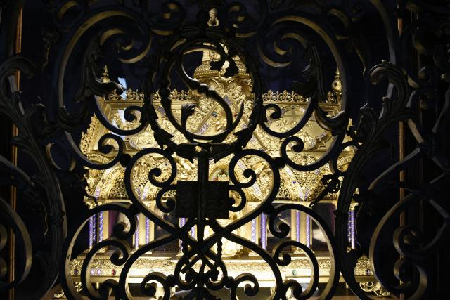 Het schrijn van de Heilige Coleta in het Sint-Claraklooster van Poligny, Frankrijk. © Wikimedia / Paul Hermans