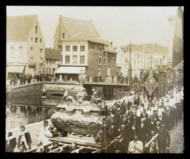Sint-Gummarusprocessie (circa 1910) © Erfgoedbank Kempens Karakter