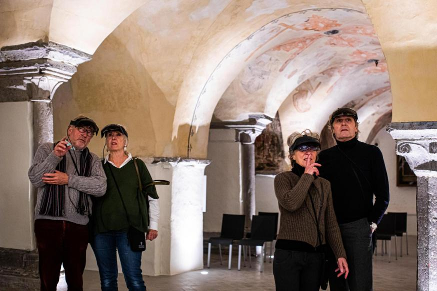 Augmented Reality tour in de crypte © Sint-Bafskathedraal - www.artinflanders.be - foto: Bas Bogaerts
