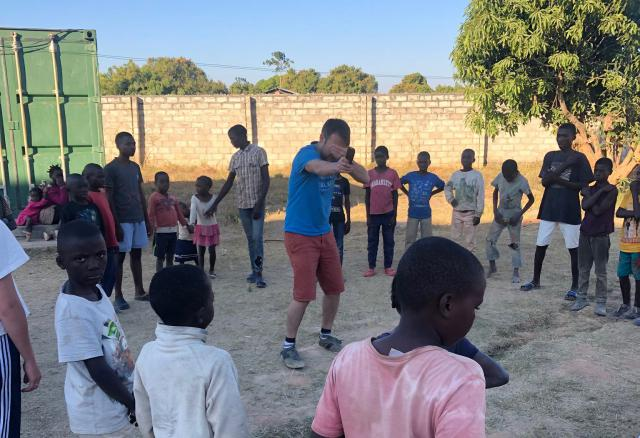 Inleefproject Zambia: de Oratory. © Team Zambia