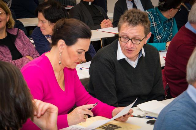 Tina Blommaert tijdens de bijeenkomst voor dekenale ploegen op zaterdag 19 november. © Karel Van de Voorde