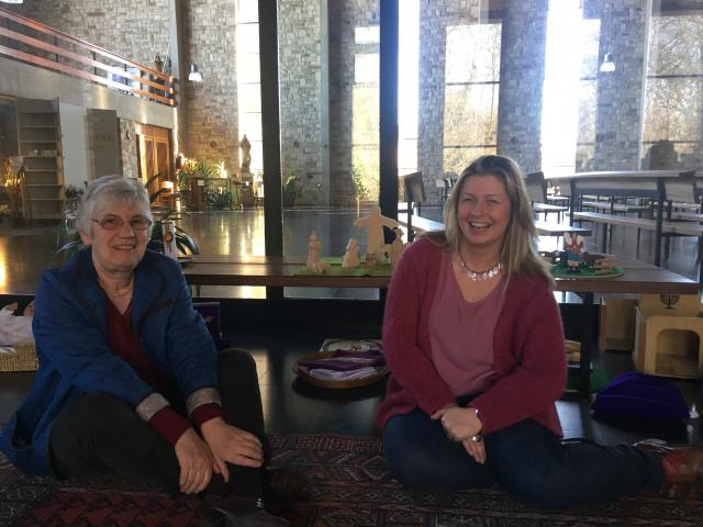 Marie-Louise Dieu en Kathleen Hoebregts voor de focuskast © Katie Velghe
