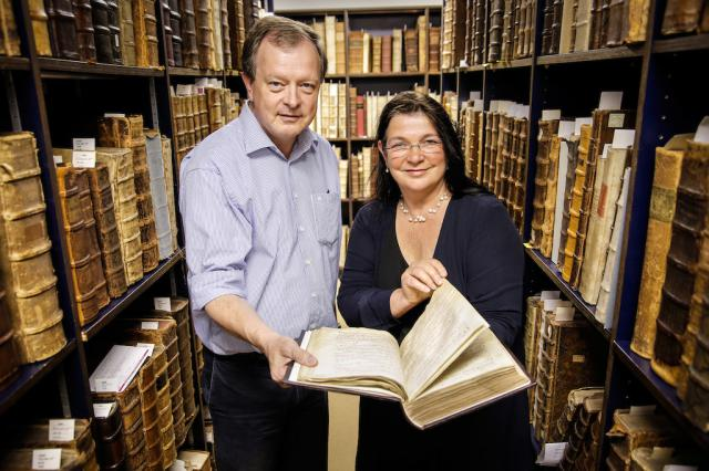 De professoren Rob Faesen en Lieve Watteeuw © Rob Stevens/KU Leuven