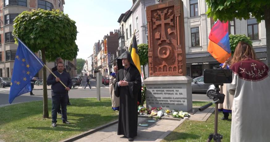 Zadik Avedikian deze middag op de herdenkingsplechtigheid in Elsene © RR