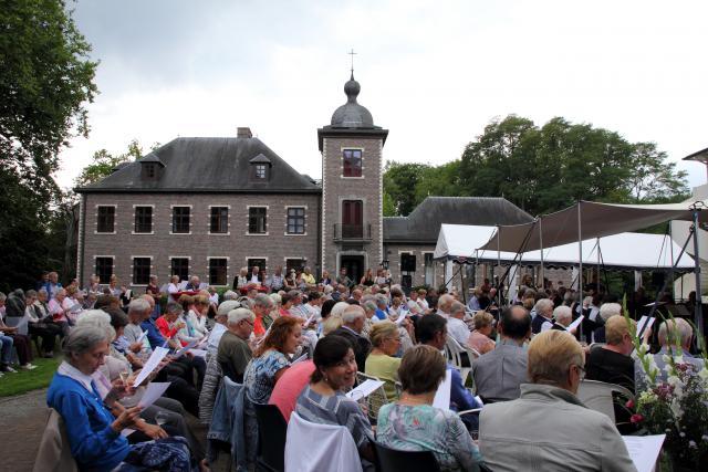 Het vernieuwde kasteel van Zevenbergen werd in 1991 ingezegend © Bart Verhaegen