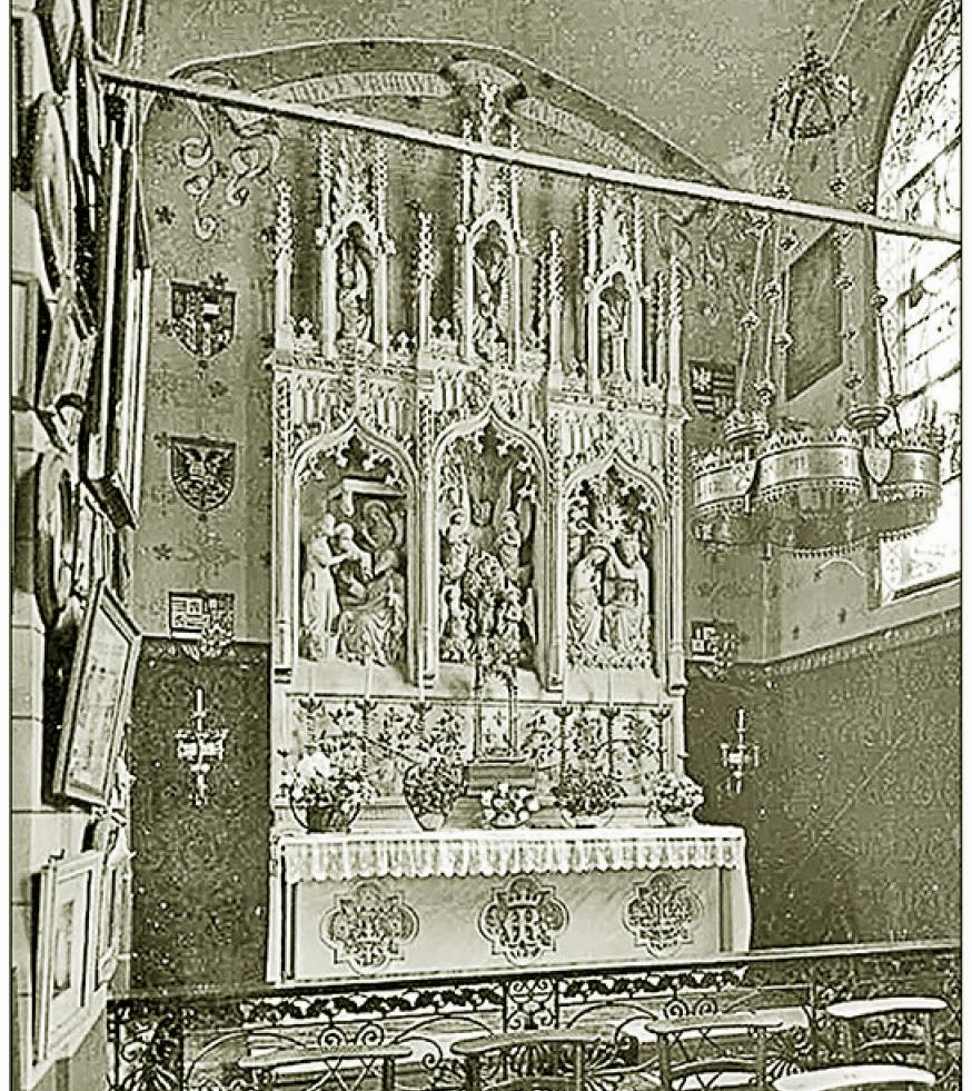 Altaar O.L.V. van Kerselare in 1868 in de zijbeuk (vorige kleinere kapel) Let op de veranderde decoratie