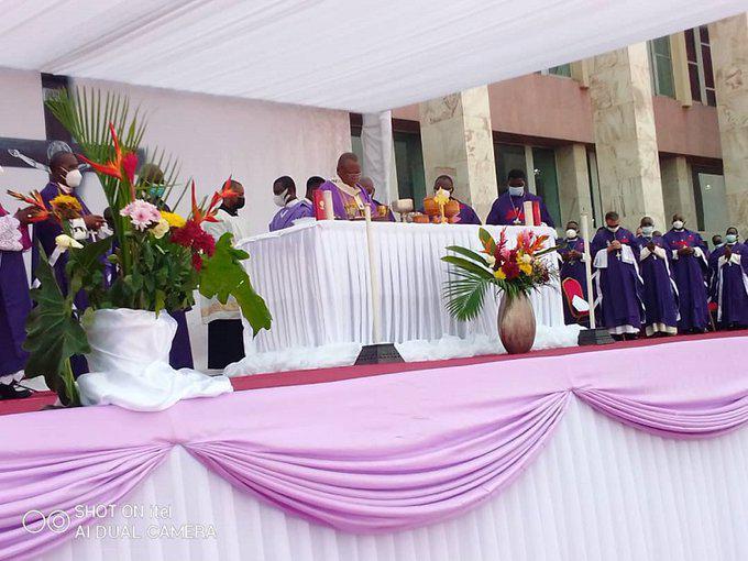 Uitvaart van kardinaal Monsengwo © Cenco
