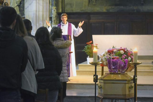 Katholieke uitvaartliturgie © liturgie.catholique.fr/