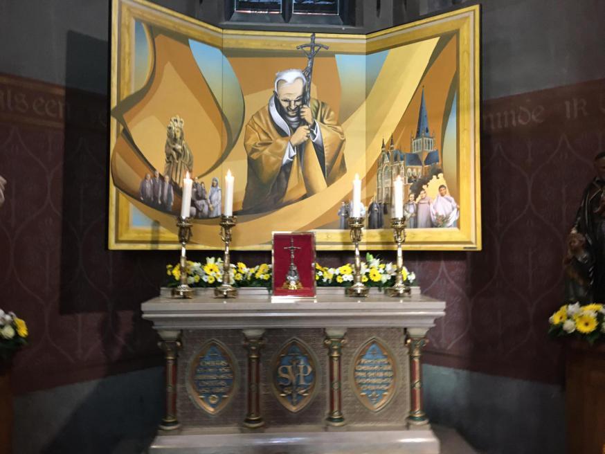 De relikwie van Joannes Paulus II in Dadizele © Wim Vangheluwe