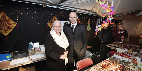 Jeanne Devos op kerstmarkt