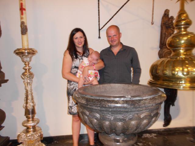 dopeling Axelle © parochie Onze-Lieve-Vrouw Lichtaart