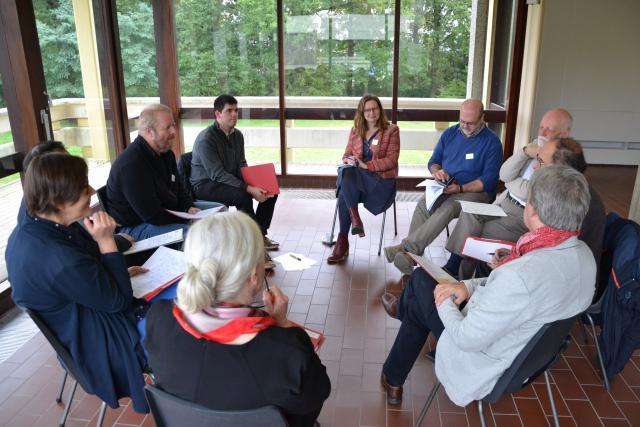 De gespreksgroep met Anaïs Fayt van IJD - Jongerenpastoraal Vlaanderen © Jeroen Moens