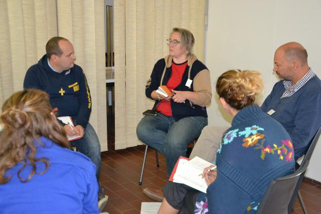 De gespreksgroep met Koen Timmermans van Don Bosco Jeugddienst  © Jeroen Moens