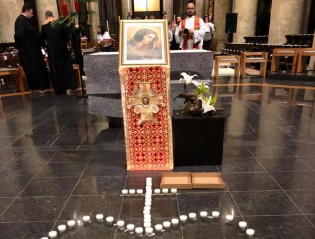 Maria-icoon die gered werd uit het puin van de kathedraal van Karakosh in Irak © Tommy Scholtes
