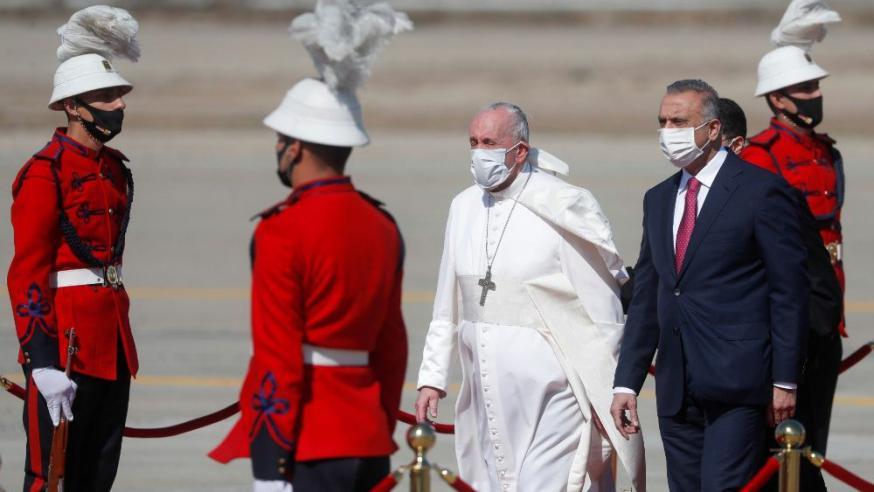Verwelkoming op de luchthaven © Vatican Media