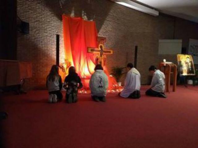 bidden doe je niet alleen © catechistengroep Meerdonk/De Klinge