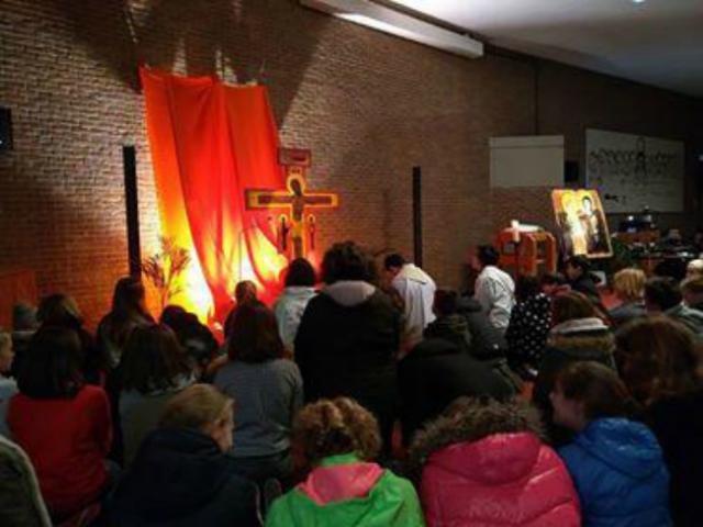 Ook onze vormelingen baden mee © catechistengroep Meerdonk/De Klinge